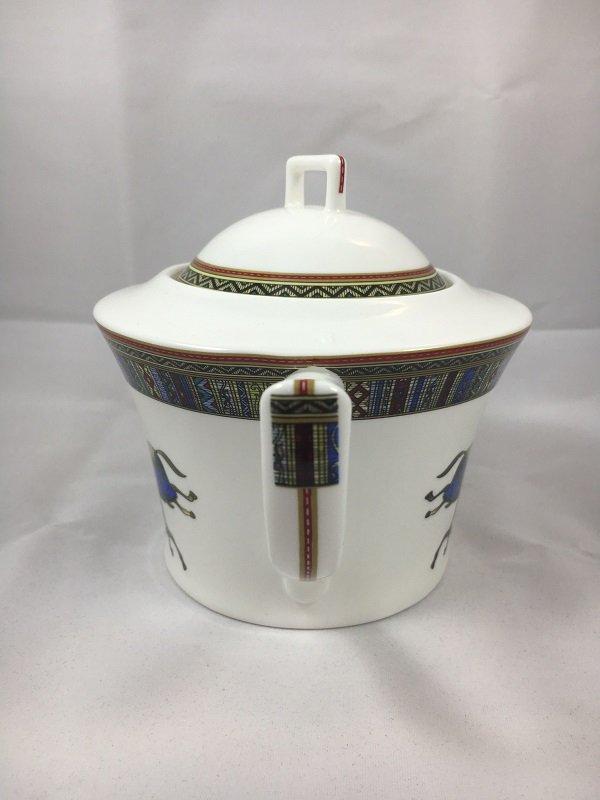 Aldeline Fine Porcelain Horse Tea Pot - Handle